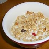 朝食に☆フルグラ☆牛乳掛け