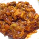 牛肉の大和煮缶詰とひよこ豆としめじのトマト煮