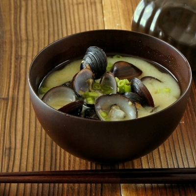二日酔い対策にはやっぱりお味噌汁?!日本の伝統食、お味噌汁で肝臓をいたわろう