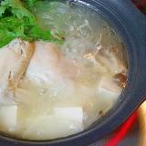 これぞ絶品! 清湯スープ「丸鶏の水炊き」