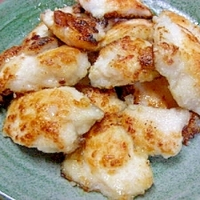 鶏胸肉の塩麹づけで 焼いてみました。。