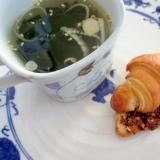 簡単スープと一緒☆クロワッサンアーモンドチョコ焼き