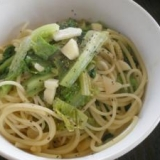 サラダ菜のガーリックパスタ