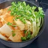 【簡単1人鍋】ウインナーとかいわれのヘルシーチゲ
