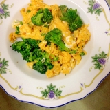 ブロッコリーと卵の炒め物