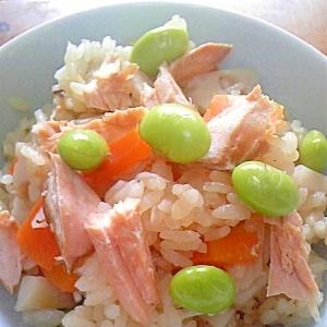 魚介を使った「炊き込みご飯」レシピ
