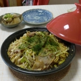 タジン鍋で、広島お好み焼き風焼きそば