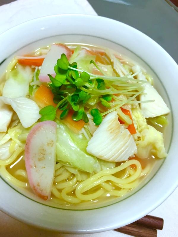 フライパンで簡単♪お野菜たっぷりイカちゃんぽん麺♡