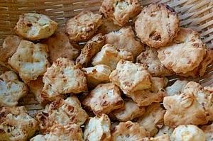 コドモメイドのりんご入りクッキー