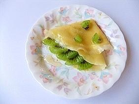 ビタミンCたっぷり☆キウイ&レモンのクレープ