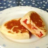 トマトとチーズのフライパンパニーニ