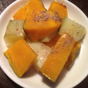 かぼちゃとジャガイモのバター蒸し