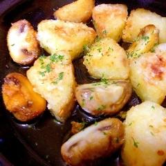 長芋とマッシュルームのタジンdeアヒージョ