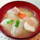 根菜がたくさん入った✿豚汁❤