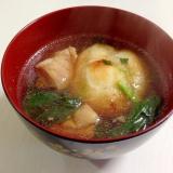 我が家の定番☆鶏肉と小松菜のお雑煮