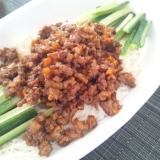 簡単アレンジ!素麺でジャージャー麺風