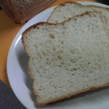 おからパウダー入り!ホームベーカリーで食パン♪