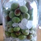 小梅で作った梅シロップ 梅ジュースに