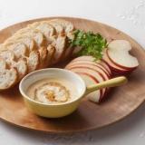 りんごとパンのツナマヨハニーディップ