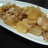 薄切り大根と豚バラ肉の炒め煮