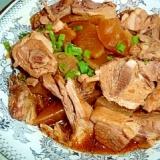 コラーゲンたっぷり!骨付き鶏肉と大根の煮物