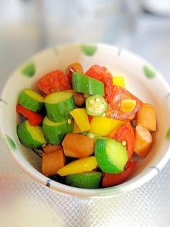 ソーセージと夏野菜のカレー風味炒め