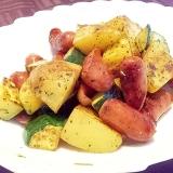 簡単♪ズッキーニとソーセージと根菜のハーブ炒め