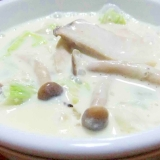 きのこと白菜の豆乳スープ