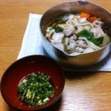 秋鮭の白子を使った鍋料理。