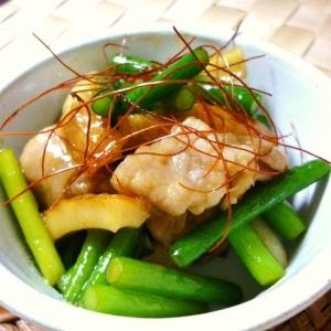 にんにくの芽・豚肉・ちくわの味噌炒め