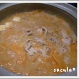 我が家の定番・母の味・激うま◎ごまキムチ鍋