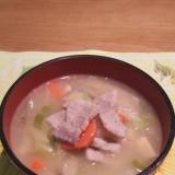 焼き肉用のお肉でガッツリおかず豚汁