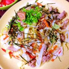 夏に食べたい梅と長芋のナンプラー豚焼きそば