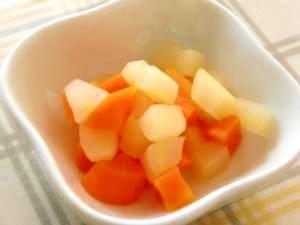 離乳食にりんごはどう使う?月齢別のりんごレシピと下ごしらえ方法まとめ