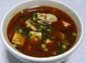 牡蠣(かき)の味噌汁
