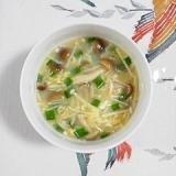 ブナシメジとえのきのスープ