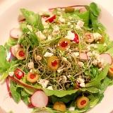【サラダのマンネリ解消!】フェタとオリーブのサラダ