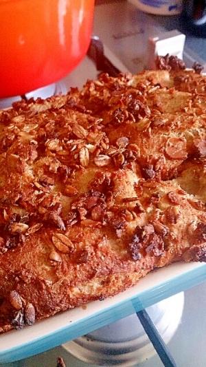 食パンフレンチトーストキャセロール、メイプル風味。