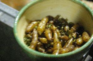 エゴマの実と菊芋の茹で炒め