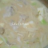 豆乳鍋+キムチの素=スンドゥブ風鍋
