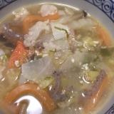 豆腐と野菜たっぷり豚汁