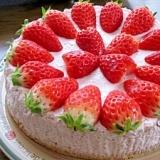 ミキサーで簡単♪濃厚苺と豆乳のヘルシーババロア