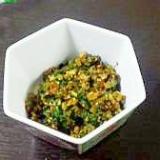 簡単で、ご飯がすすむ!カブの葉のごま油炒め