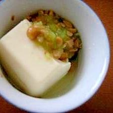 離乳食☆豆腐のきゅうり納豆がけ