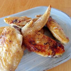 鶏手羽塩胡椒焼き