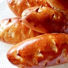 形も中身も、キュートでかわいい、サツマイモのパン