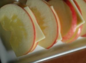 美味しいリンゴをもっと美味しく★チーズリンゴ