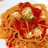 トマト缶で☆トマトとモッツァレラのパスタ