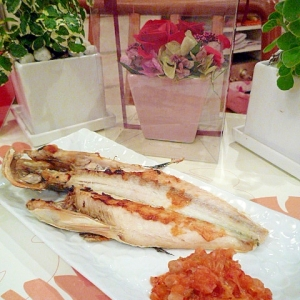 焼き魚にキムチおろし♪