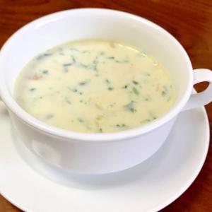 ほうれん草と鶏肉とえのきのホワイトスープ